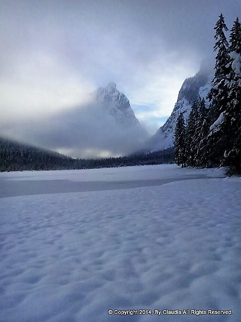 lago-di-dobbiaco-inverno